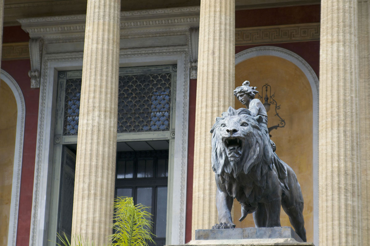 palermo-teatro-massimo-leone